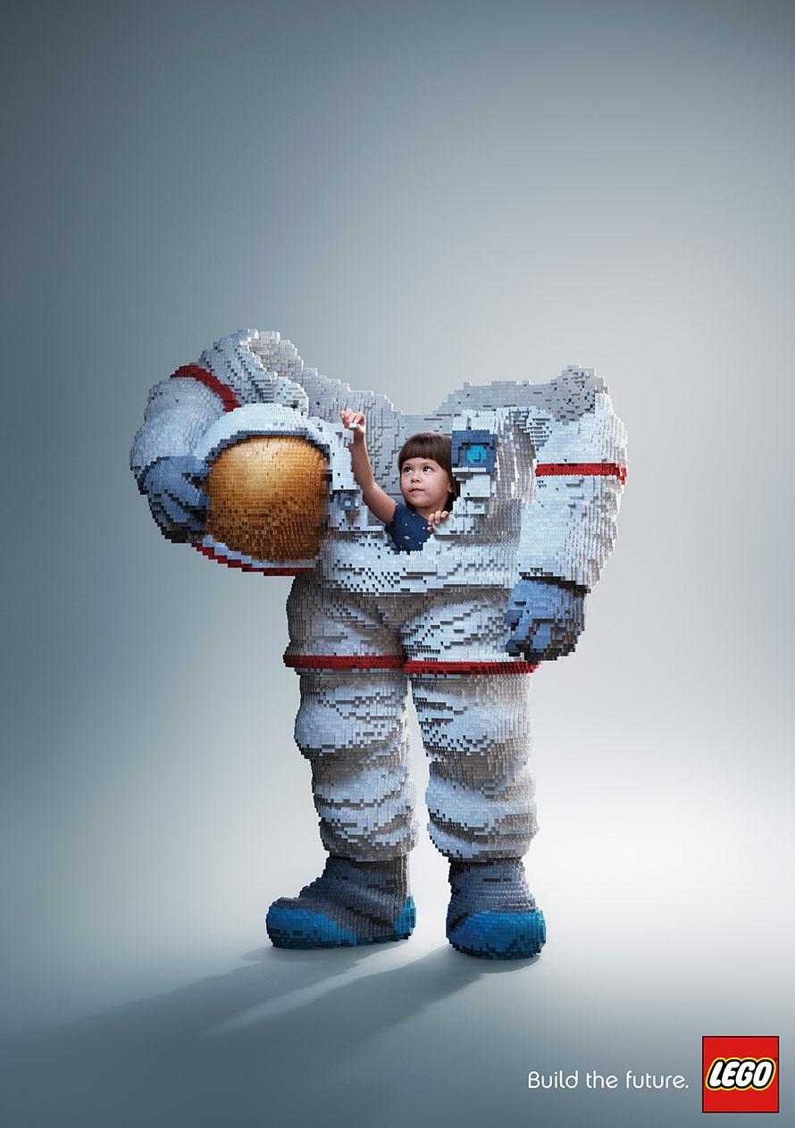 lego-astronaut